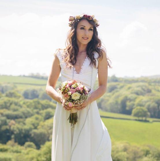 Beautiful & Affordable Wedding Dress 5
