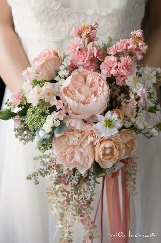 dusky-pink-bouquet