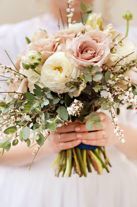 tea-rose-bouquet